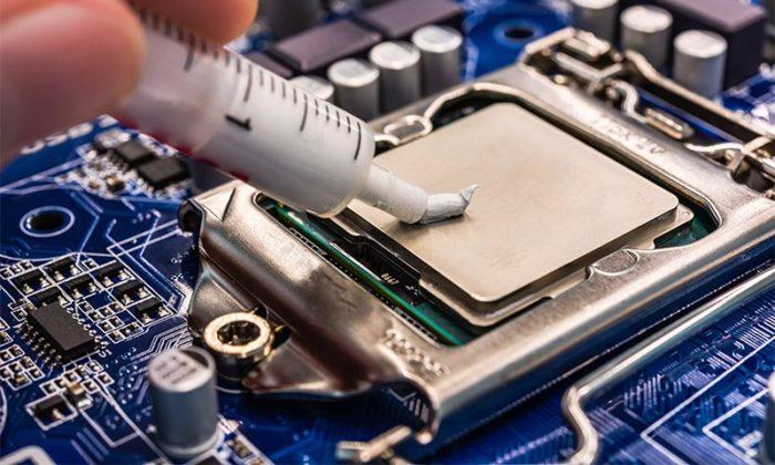 Chem-zamenit-termopastu-dlja-processora-v-domashnih-uslovijah-1-e1542301968531.jpg