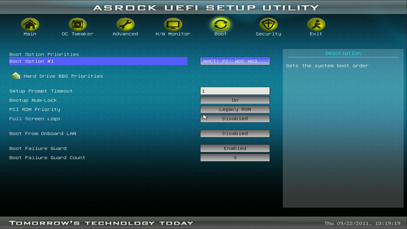 V-podrazdele-Boot-Option-1-ustanavlivaetsya-pervoe-ustrojstvo-zagruzki.jpg