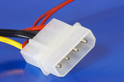 1534925397_molex-male-connector.jpg