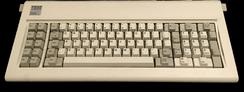im244-320px-IBM_Model_F_XT.png